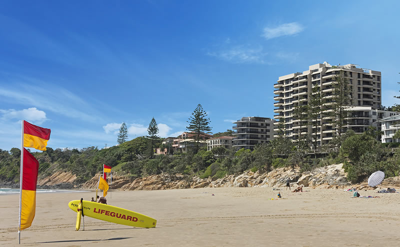 clubb coolum resort apartments